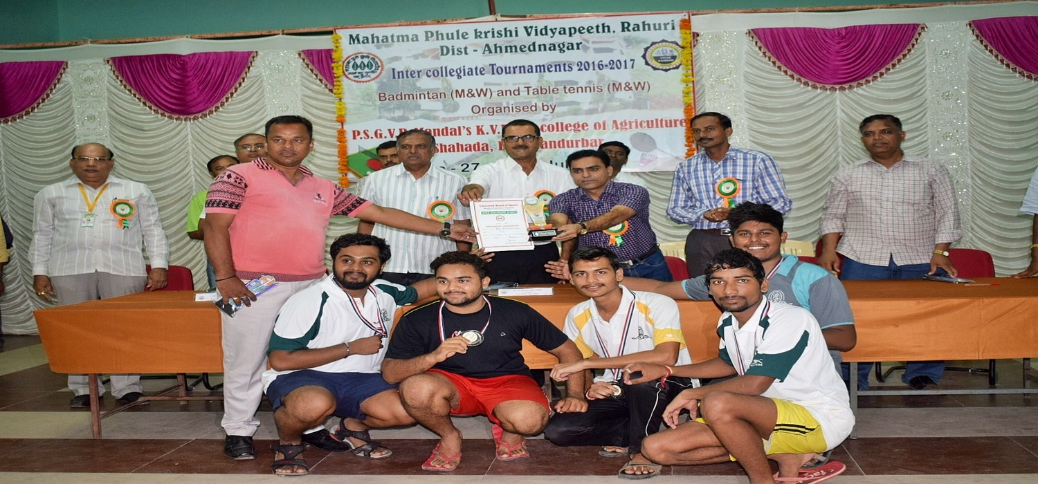 Agriculture and Allied college students Got 3rd prize for Badminton competition in Inter Collegiate MPKV Rahuri at Agriculture College Shahada